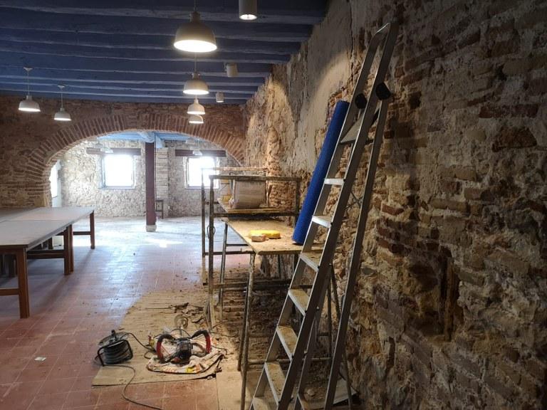 Una intervenció de millora permet consolidar els murs interiors de Can Falç