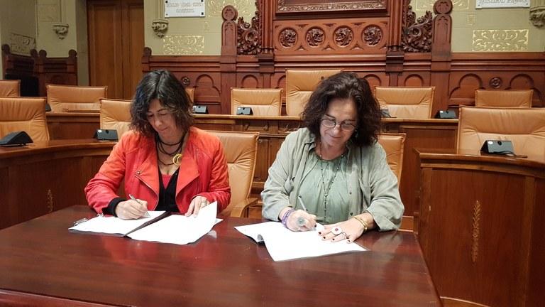 L'Ajuntament formalitza amb la Generalitat l'acord per al desenvolupament del servei d'atenció al col·lectiu LGTBI